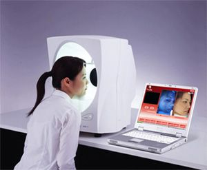 Skin analysis machine shows damage and how skin will age over 5 years