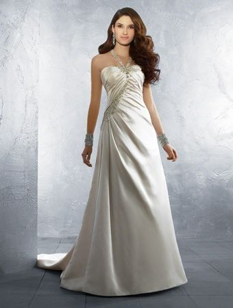 Alfred Angelo, style #2165, size 8, and priced at $599.00!  (Store Style #W0125)
