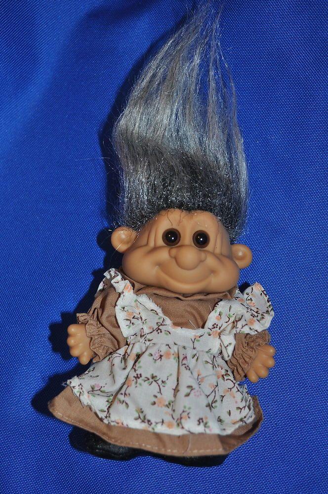 Russ Trolls 7 inch Tracey Summer Clothes Troll blue hair
