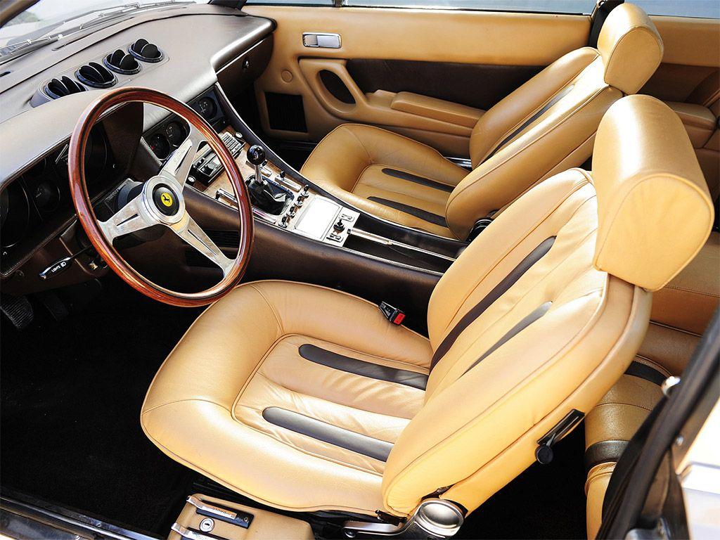 ferrari 400i interieur formule 1 voiture meilleures voitures de luxe voitures de sport