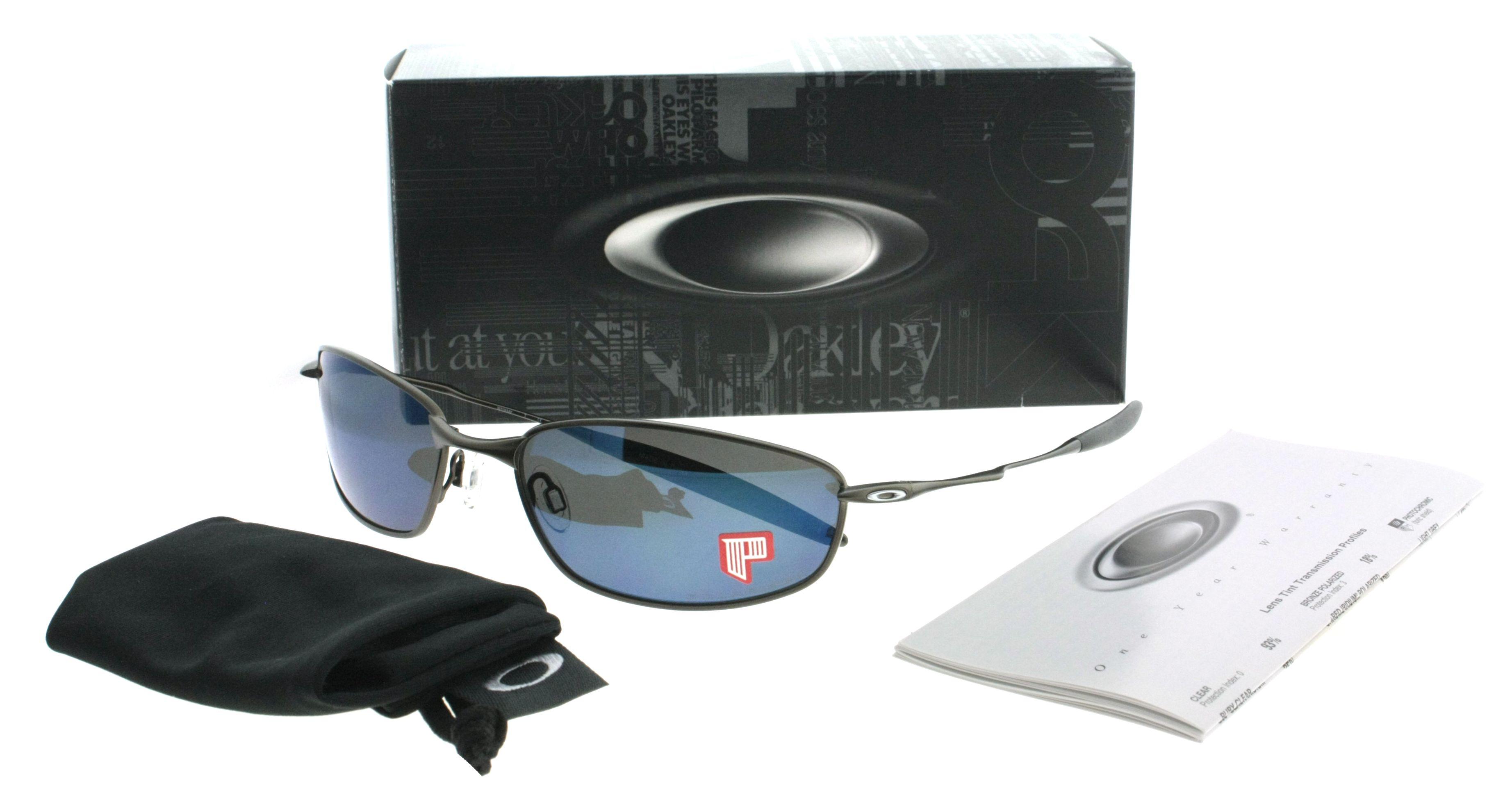 OAKLEY OO4020 WHISKER: #occhiali dalla forma pillow, quattro varianti di #colore, tre con lenti #polarizzate, protezione UV 100%. Veramente maschili! >>>http://bit.ly/1DAhe9h #eyewear #sunglasses #men #style #brand