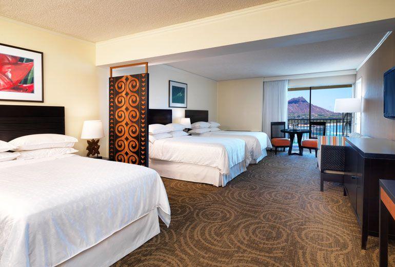 Sheraton Waikiki Hotel - large luxury ocean