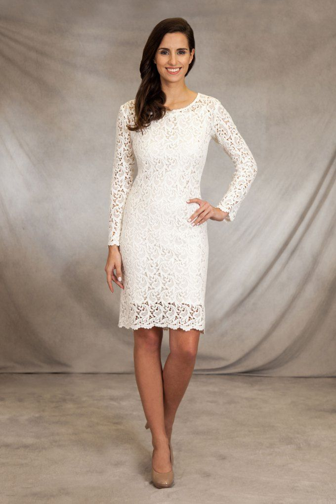 Kurzes Brautkleid aus Baumwollspitze mit geradem Rock und langen ...