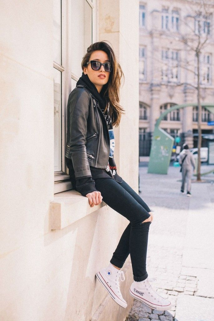 27 Photos of Amazing Ripped Jeans Outfits plus Converse Chuck Taylors