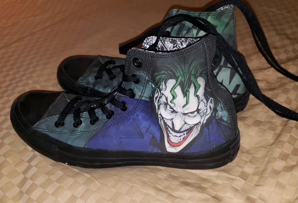 efecbadd7781 Dc Comics Joker Converse Gym Shoes Ladies Size 9 Men Size 7  fashion   clothing