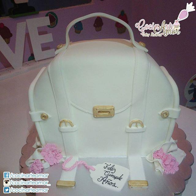 Pastel Bolso para cumpleaños, CocinArte Amor siempre a la moda