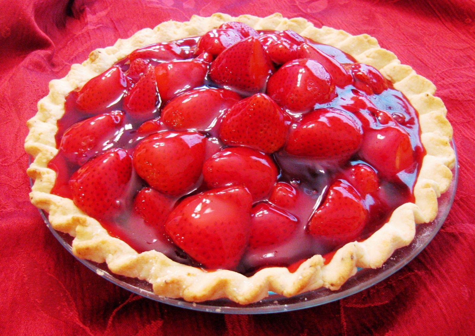 Resep Membuat Kue Pie Keju Strawberry Yang Enak Dan Menggoda Http Www Sambarafood Com 2015 10 Fresh Strawberry Pie Strawberry Pie Best Strawberry Pie Recipe