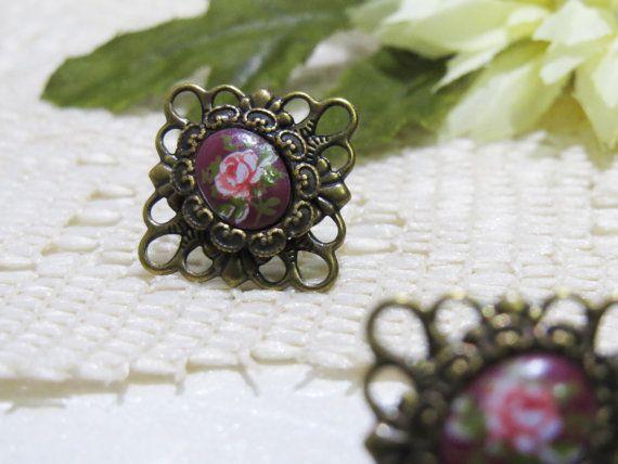Antique Brass Filigree Vintage Rose Cameo by boutiquelibertina