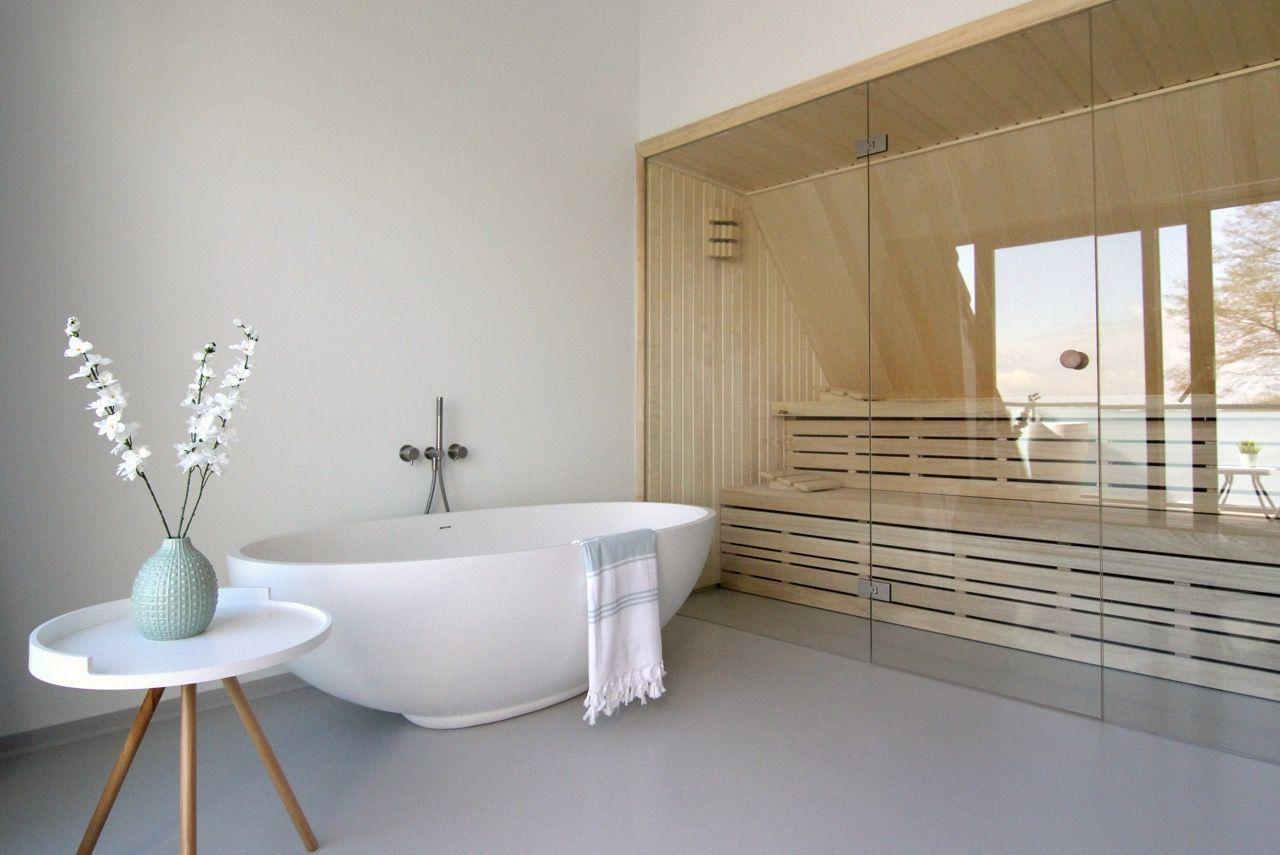 vrijstaand ligbad #Solid Surface #Corian #bathroom #ligbad #luxe ...
