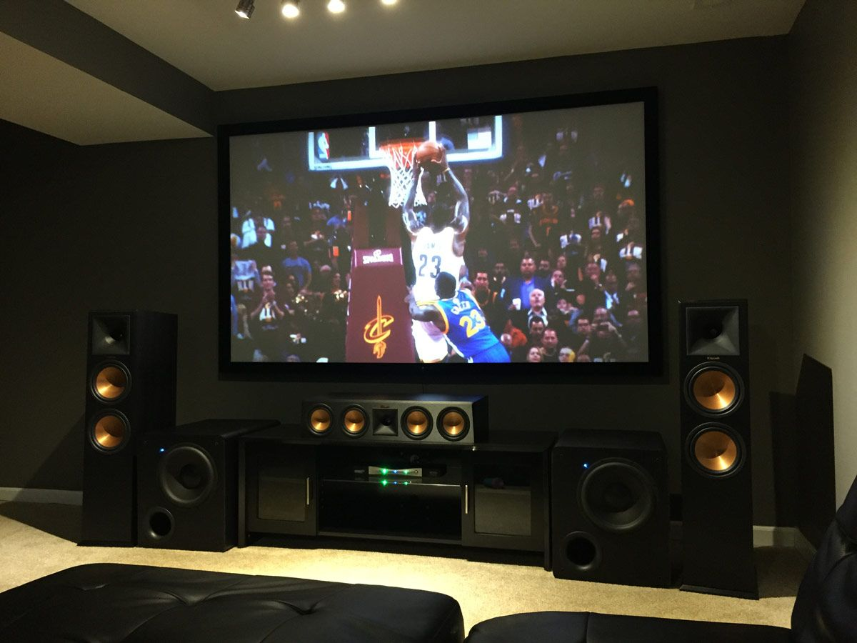 Couch Rund Featured Home Theater System: Jermaine In St. Louis, Mo