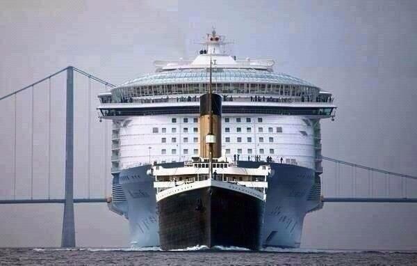El Titanic Comparado Con Un Gran Crucero Moderno Rms Titanic Titánico Crucero