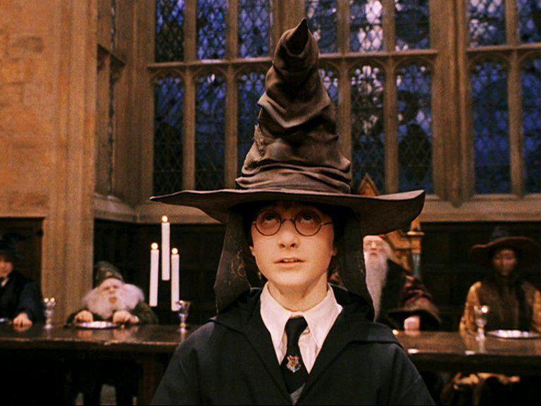 Sorcerer S Stone Scene Harry Potter Chapeu Seletor Chapeu Seletor Harry Potter