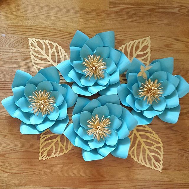 Blue and gold #paperflowers