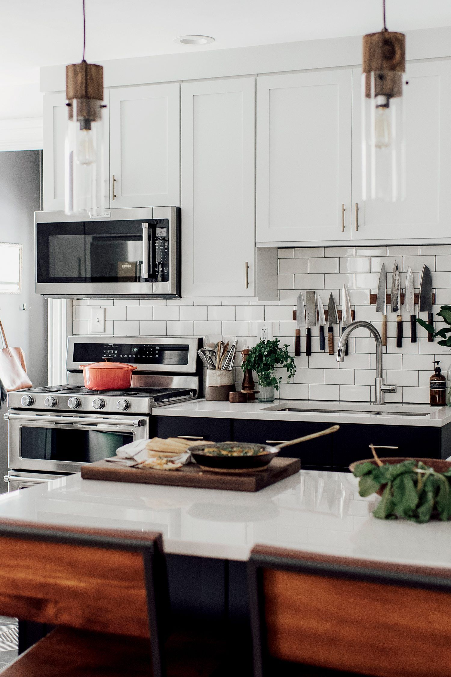 Best Michelle Nick S Super Chic Modern Boho Kitchen Boho 640 x 480