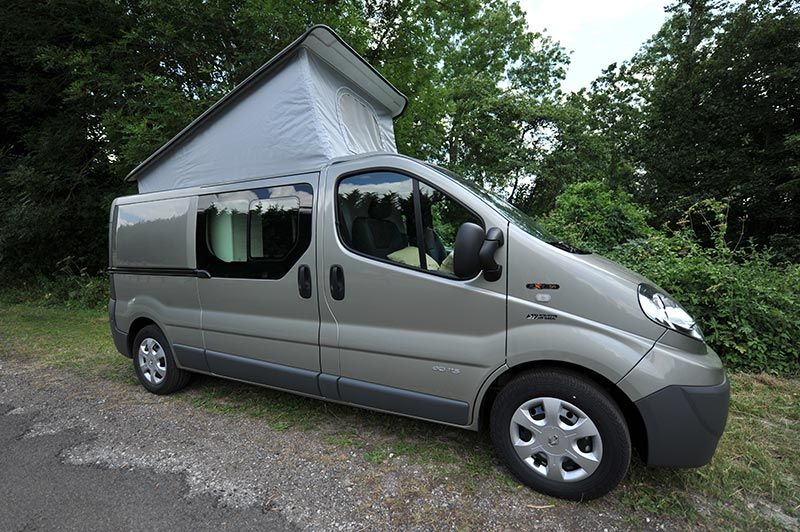 am nagement renault trafic votre fourgon renault en camping car am nagement trafic. Black Bedroom Furniture Sets. Home Design Ideas