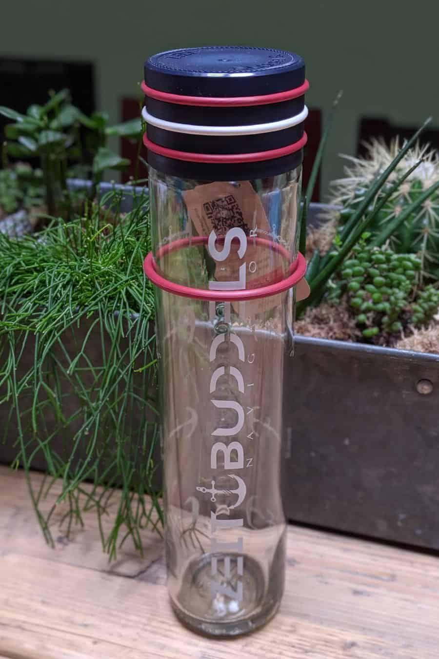 Glas Trinkflaschen 1 Liter Die Grosse Ubersicht Glas Trinkflaschen De In 2020 Trinkflasche Trinkflasche Glas Flaschen