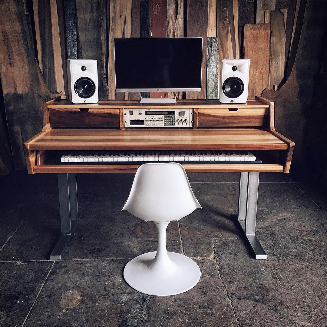 pour piano numerique bureau studio piano numerique studio enregistrement idee bureau musique