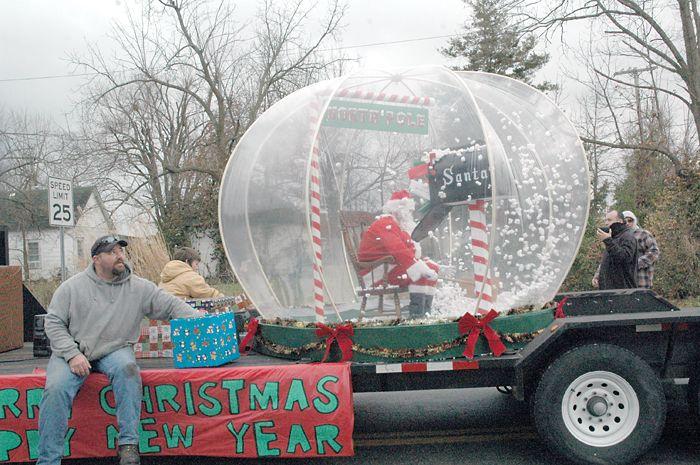 Clever Christmas Parade Dec 11 2010 Christmas Parade