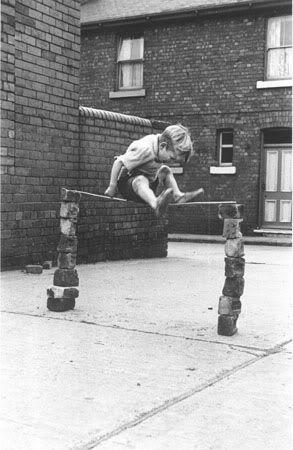 Juegos Y Juguetes De La Abuela Ninos Jugando En La Calle Otros