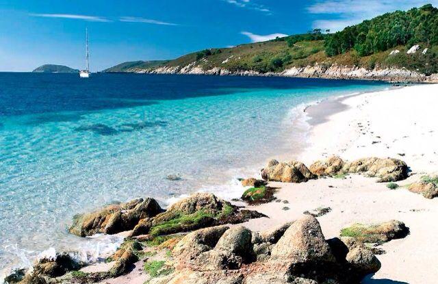Praia Da Illa De Ons Vakantie Plaatsen Om Te Bezoeken Eiland