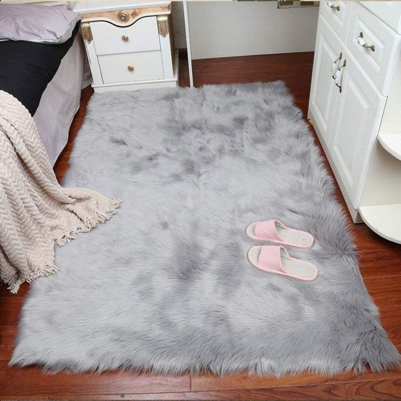 Luxury White Faux Fur Rug Long Ssheepskin Soft Fluffy Gray Rug Rug Flokati Shaggy Rug Style Assorted Rectangular Area Rug For Living Room In 2020 White Faux Fur Rug Faux Fur