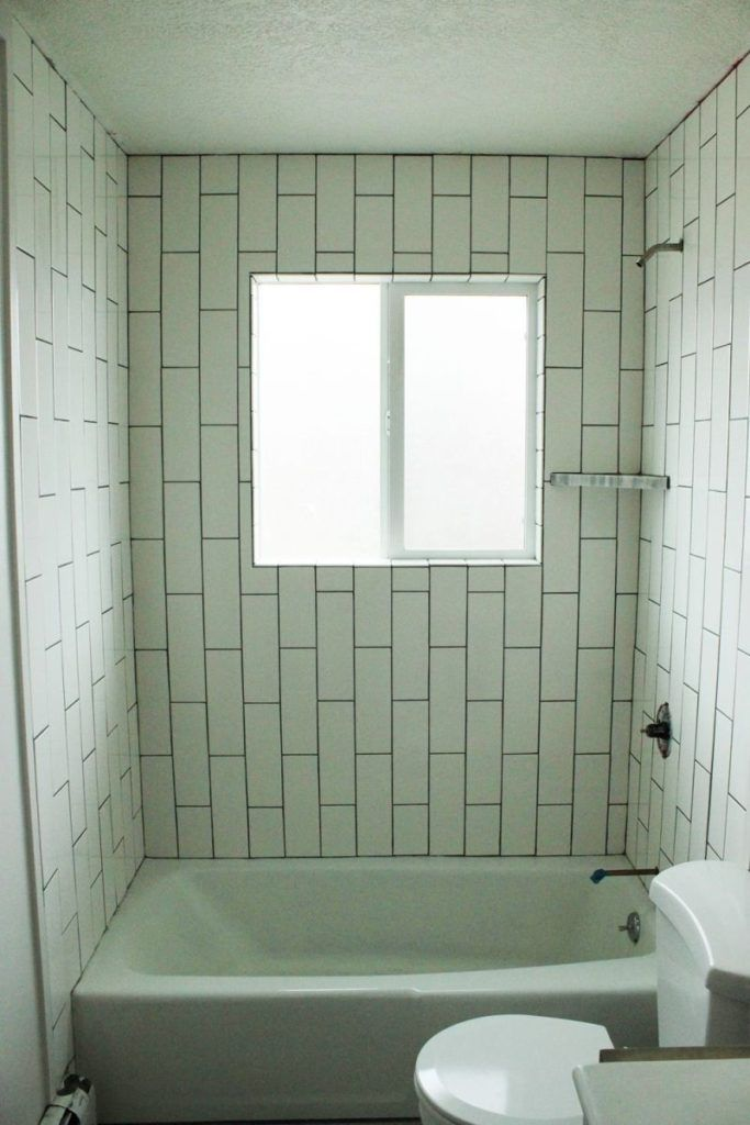How to Tile a Shower/Tub Surround, Part 1: Laying the Tile   Tub ...