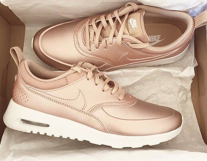 more photos 48d6b 0ddce nike, shoes, and fashion image Sneakers Rose Gold, Rose Gold Nike Shoes,