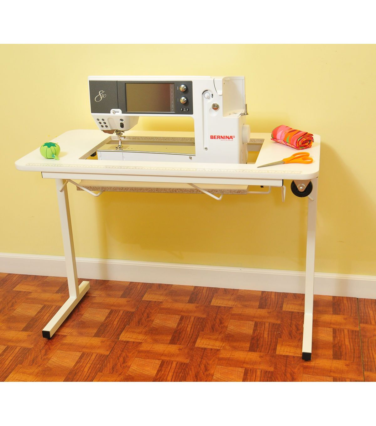 Arrow Homespun Sewing Table With Wheels White Sewing