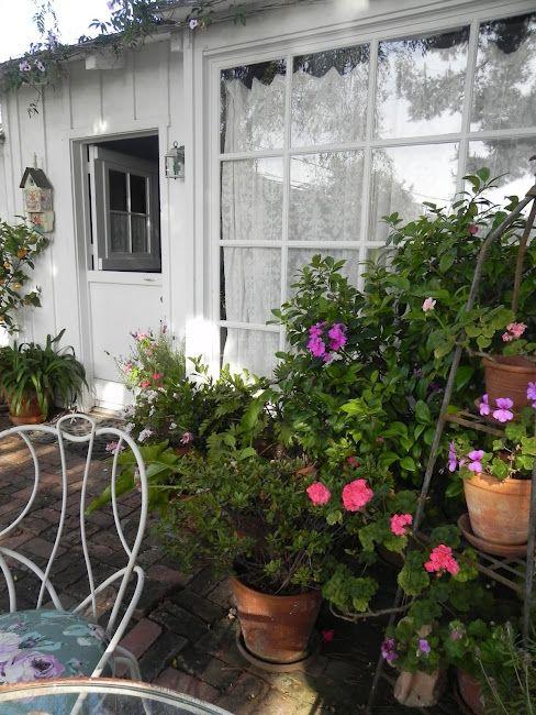 Summerland Cottage Studio: Art in the Garden Party