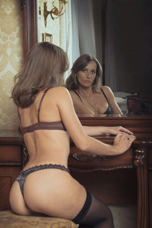 MIlf en el espejo