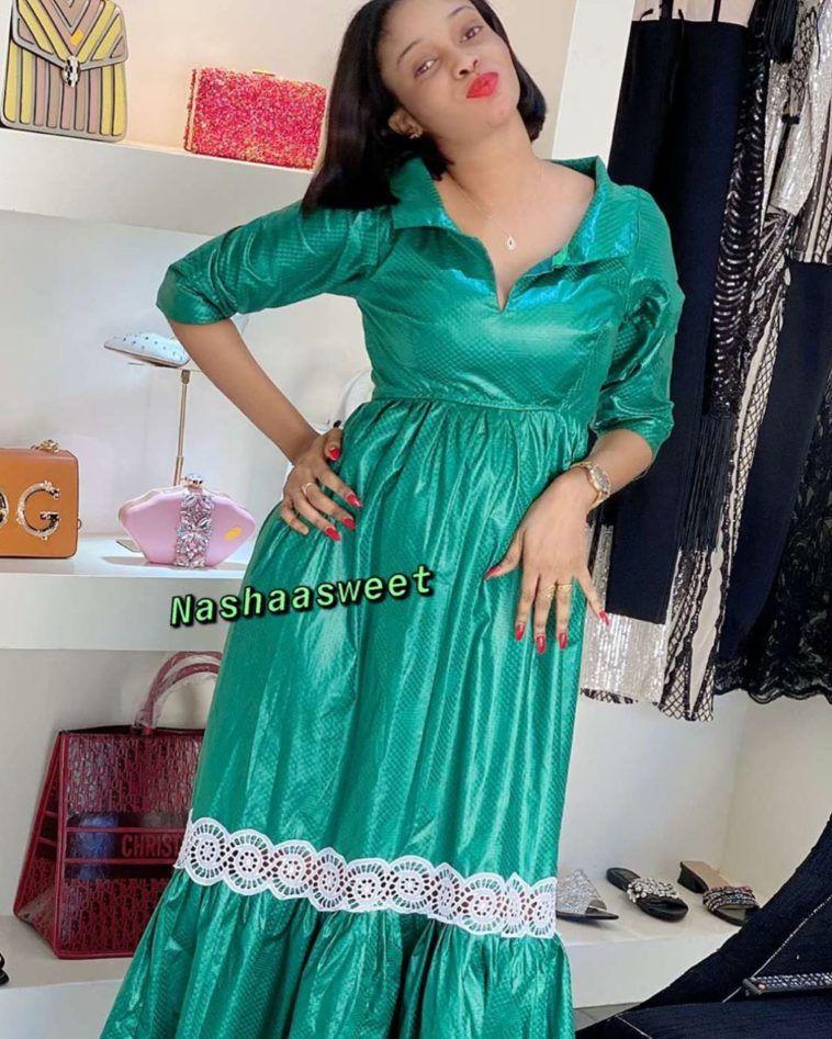 @tendence_sagnse_model… en 2020 | Mode africaine robe longue, Mode africaine robe, Modele de ...