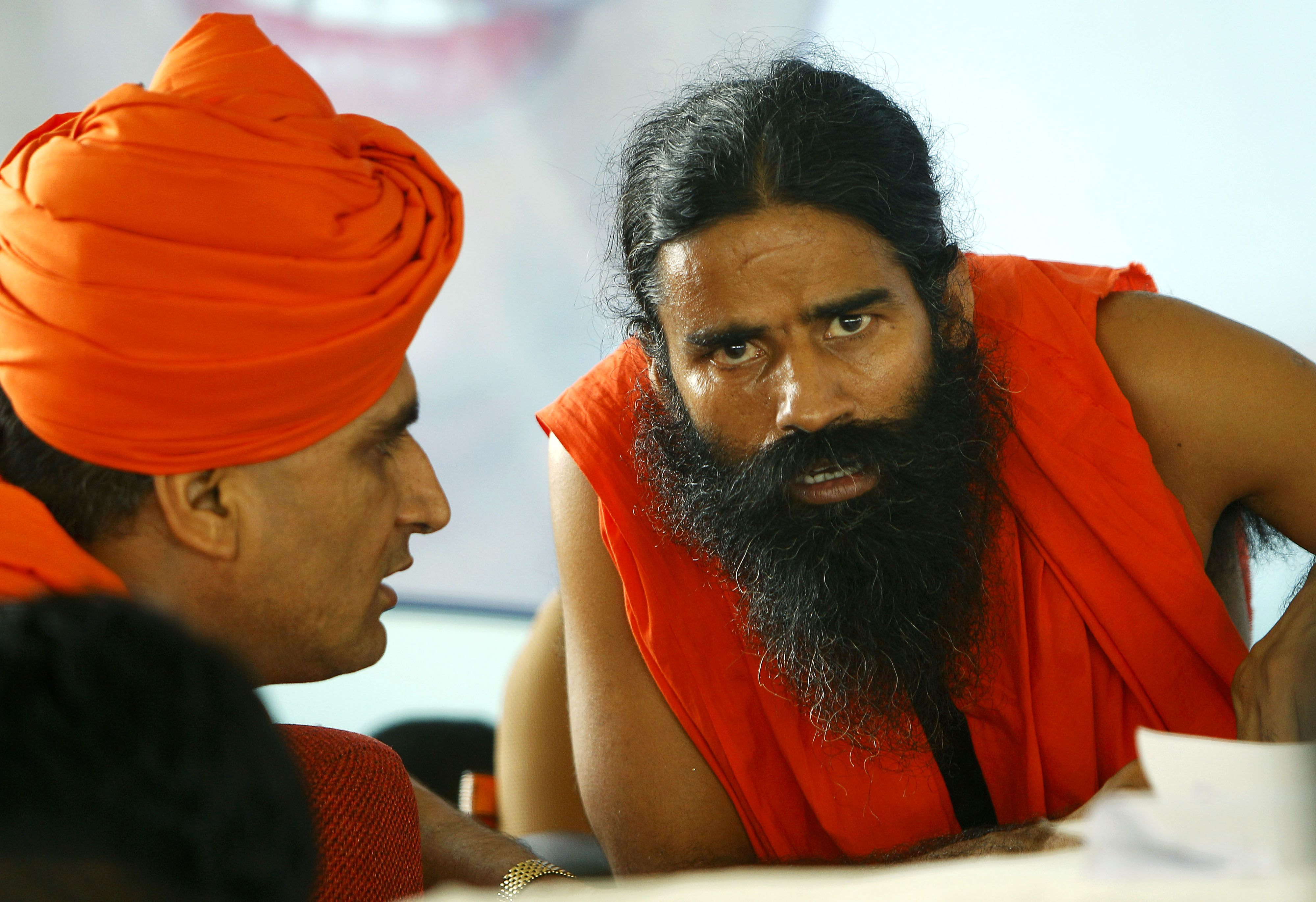 A privilege motion has been moved by a Samajwadi Party MP against Baba Ramdev for remarks against politicians.   http://ndtv.in/ItEQ5N