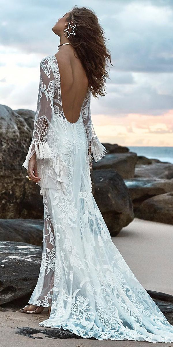 21 Fascinating Open Back Wedding Dresses | Wedding dress, Weddings ...