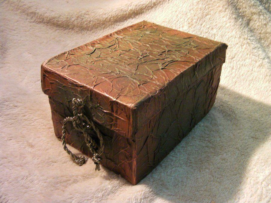 Decora una caja de cartón con imitación | Pinterest | Cartón, Caja ...