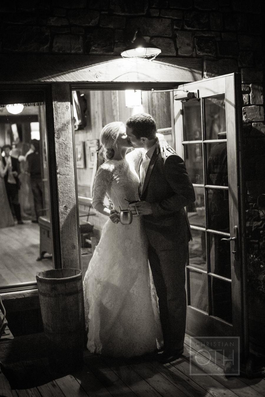 Rustic summer wedding at ranch at rock creek ranch montana