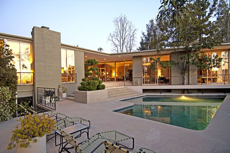 Beautiful Mid-Century Home in Pasadena by McCarthy, Zemke ...