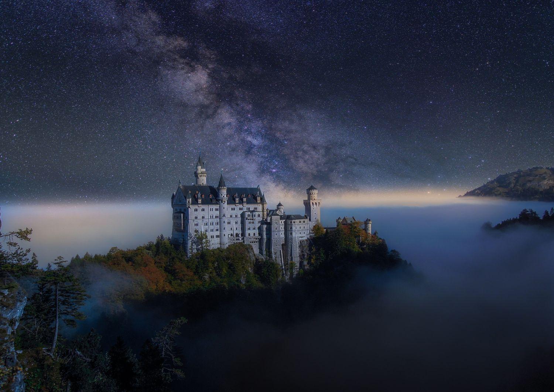 Let Me Be A Star Neuschwanstein At Night Schloss Neuschwanstein Burgen Und Schlosser Neuschwanstein