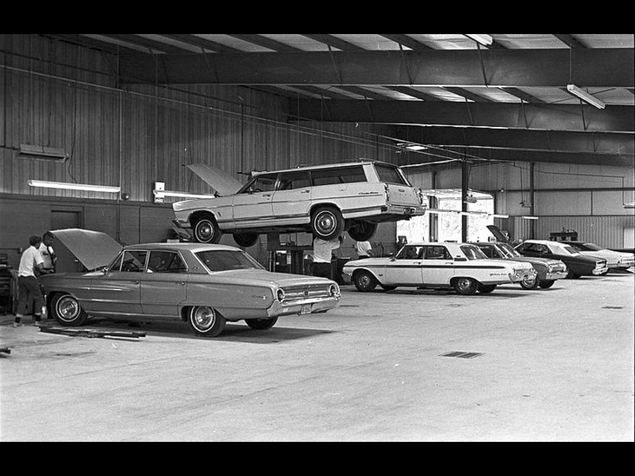 Pin By Mark Crichton On Vintage Auto Factory To Dealer Car Dealership Classic Cars Ford Galaxie 500