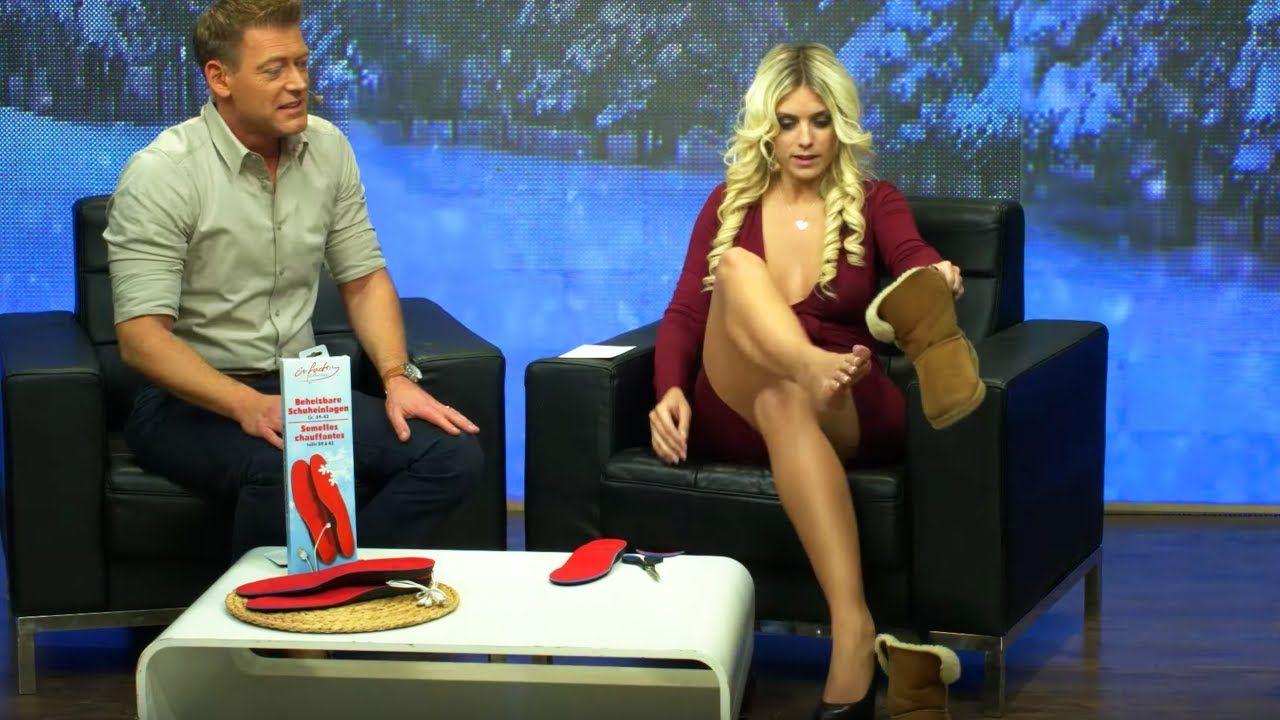 Katie Steiner zeigt beheizbare Akku-Schuheinlagen bei
