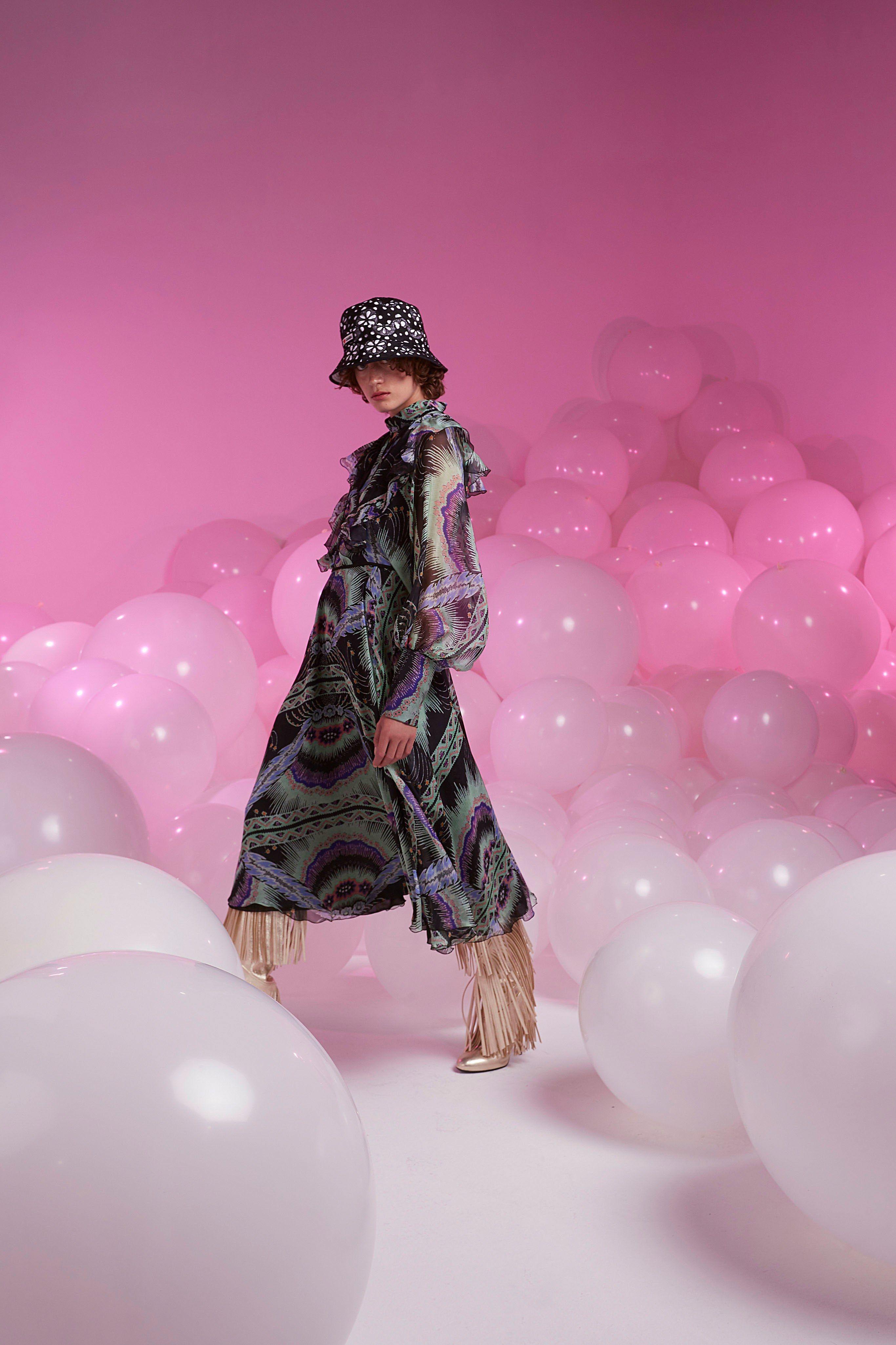 Giamba SpringSummer 2019 Collection – Milan Fashion Week