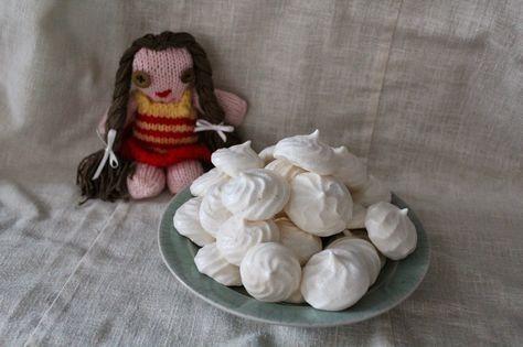 Kamomillan konditoria: Kanaystävälliset marengit Chicken friendly meringues