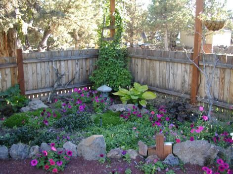 Small shade garden ideas | home ideas | Pinterest | Garden ideas ...