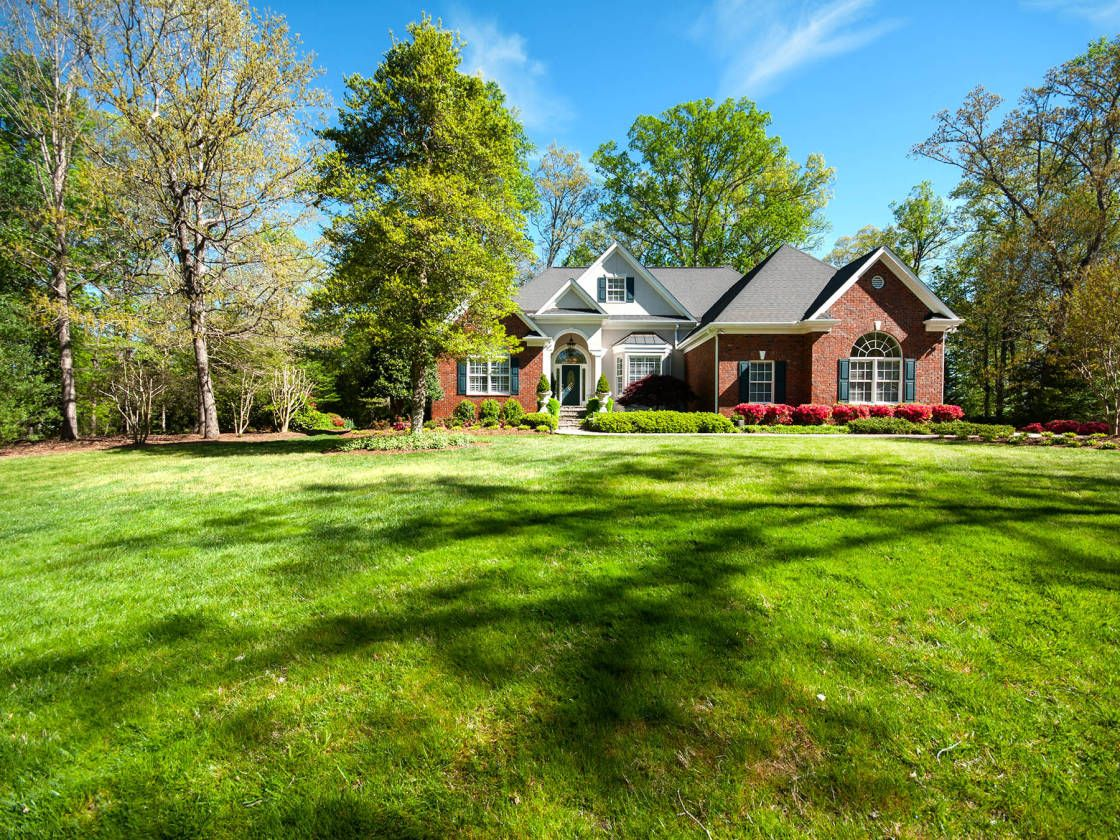 Equestrian Estate For Sale In Pickens County South Carolina Incredible And Stunning Are The Only Words Property Equestrian Estate Types Of Houses