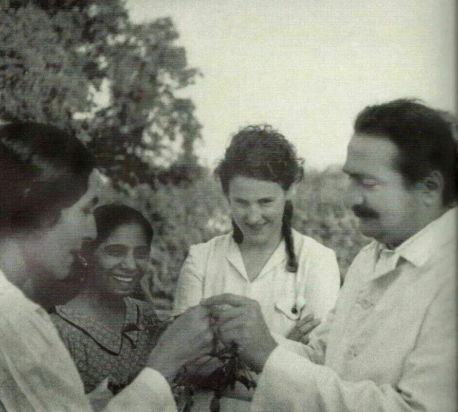 Mehera,  ?, Irene Billo and Baba