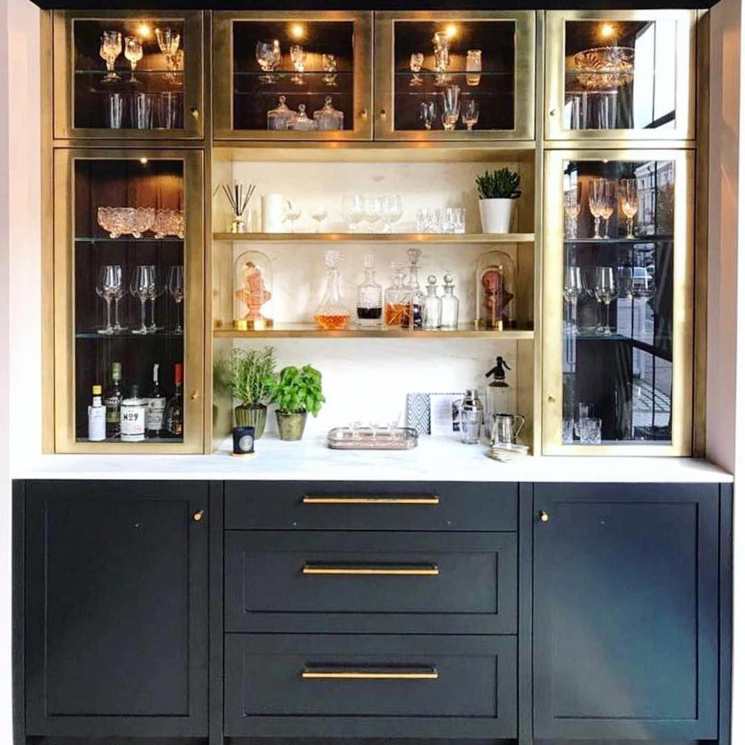 Recent Home Bar Wallpaper Ideas To Refresh Your Home Diningroomdecoratingfarmhouse Kitchen Bar Design Home Bar Designs Home Bar Decor