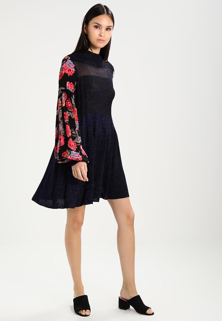 979153d1e95 ¡Consigue este tipo de vestido de punto de Free People ahora! Haz clic para
