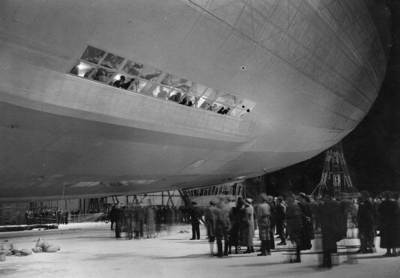 Cabin by night aboard the Graf Zeppelin LZ 127 (Print