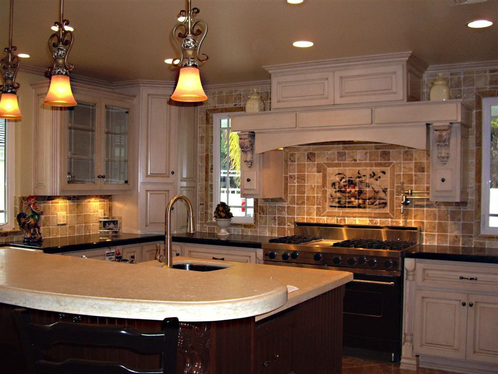 custom kitchens pictures    french kitchen cabinets celebrity ...