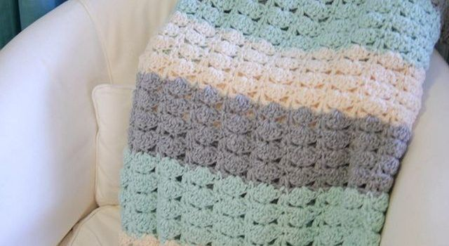 Free Pattern] Fabulous And Ridiculously Easy Crochet Shell Stitch ...