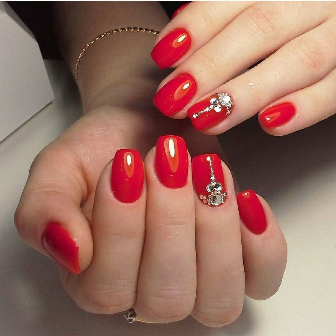 Outstanding Holiday Winter Nails Art Designs 2019 35 101outfit Com Red Nail Art Red Nails Winter Nails